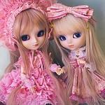 姉妹でAKB48メンバーというのは1組もありませんが、姉妹グループを含めると高田姉妹や太田姉妹がいます