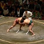 相撲の懸賞金は現在は6万円ではなく、6万2,000円です。